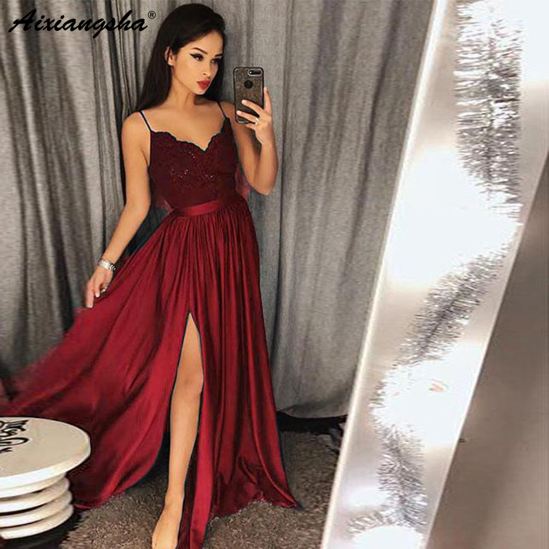 Compre última Moda Vestidos De Noche Largos 2019 Correas Espaguetis Escote En V Sin Mangas De Encaje Blusa Vestidos De Baile Con Split A 9386 Del