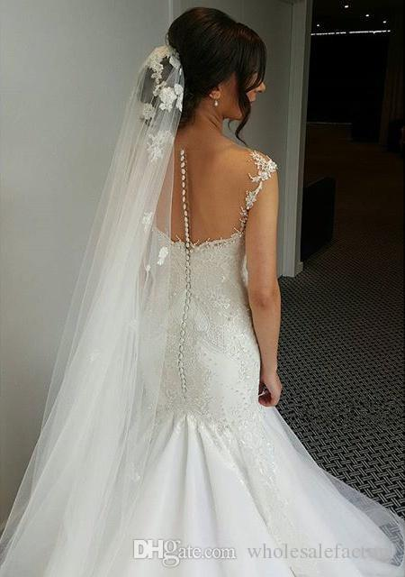 2017 New Arrival Sexy Off Shoulder Mermaid Wedding Dresses Cap Sleeves Lace Appliques Sweep Train Formal Summer Bridal Gowns with Buttons