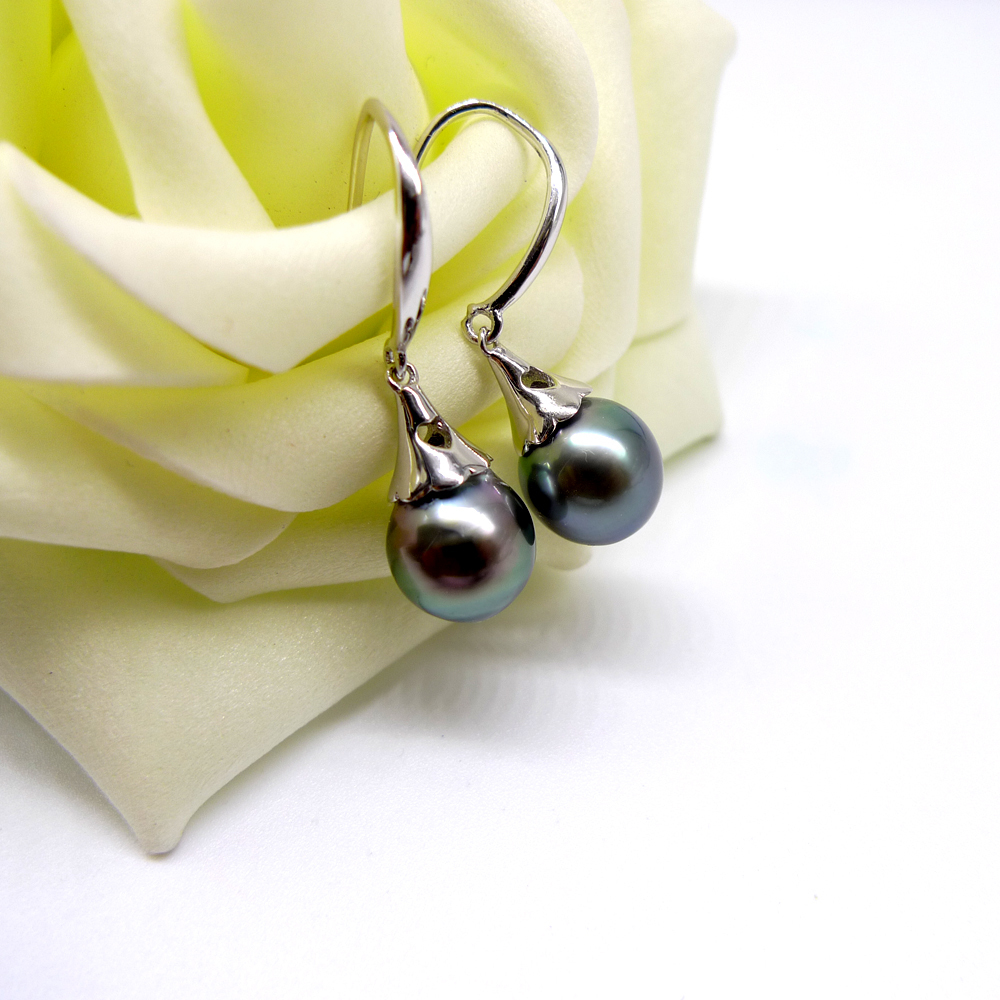 mother gift pearls