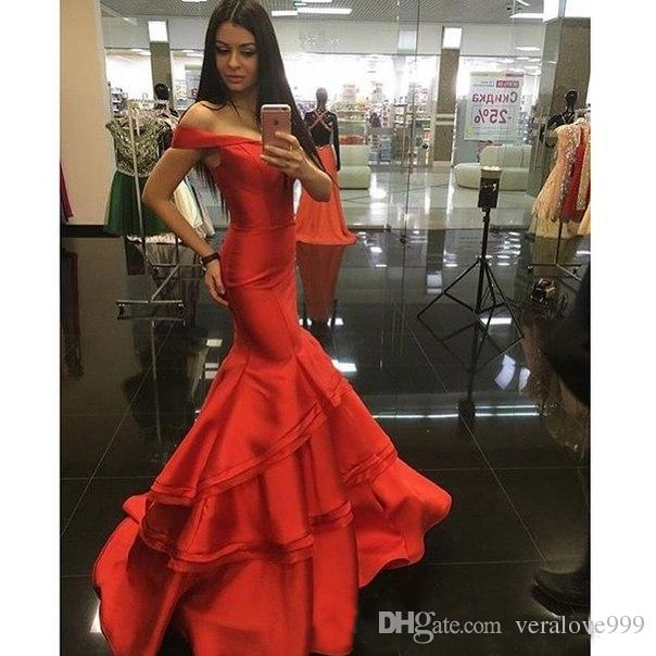 Elegant Off the Shoulder Mermaid Evening Dresses Red Sweetheart Backless Prom Party Gowns Ruffles Tired Custom Size Evening Gowns