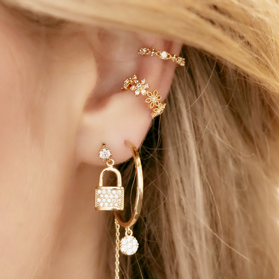 New 1PCS Punk Hanging Hollow Drill Ear Cuff Rhinestone Cartilage Clip On Earring Non Piercing Jewelry