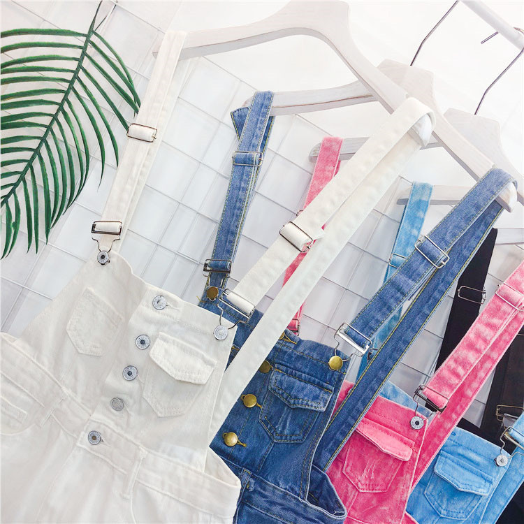 The new loose-fitting Korean version of the springsummer 2017 denim suspenders for female students shows a trend of slim, worsted fringed tassel shorts (14)