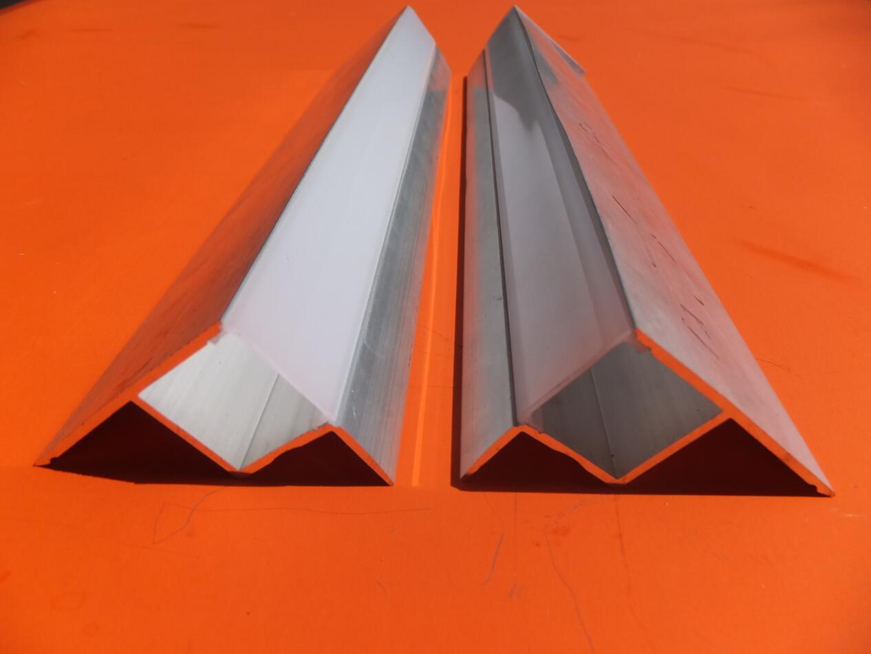 Vinyle Adhésif Pour Sol livraison gratuite nouveau style léger pas conduit profil flairant escalier  pour plancher en vinyle / coin de mur / bordures de carreaux