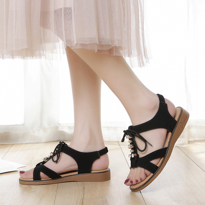 Overseas2019 Women's Summer New Pattern Fish Mouth Flat Bottom Sandals All-match. A String Of Beads One Buckle Leisure Time Woman Shoes
