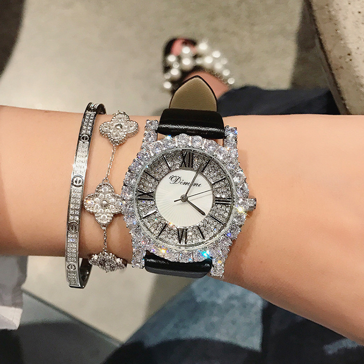 New-Rhinestone-Ladies-Watch-Women-Diamond-Dress-Watches-Fashion-Leather-Strap-Woman-Watch-2018-Elegant-Female