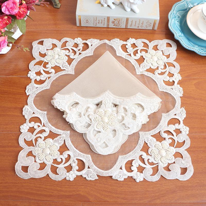 Tela Mantel De Rosa 4PCS Bordado Tapete Taza Posavasos Pad Mat redonda cubierta de tabla