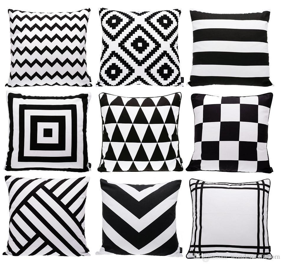 Cuscini Bianchi E Neri moderna bianco e nero cuscino geometrico triangoli chevron stripes plaid  rhombus tappeto covers modello cuscino del divano di tiro del cuscino di  caso