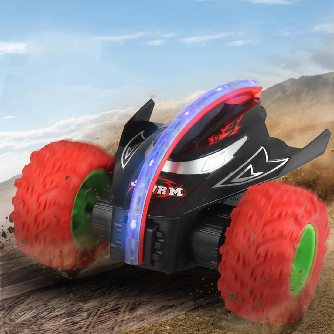 Vendita all'ingrosso Shark Head 360 Girevole Flippable Remote Control Stunt Car Toy con 3 ruote regalo i bambini - rosso
