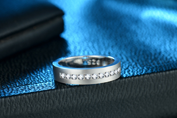 720 sterling silver wedding band 01