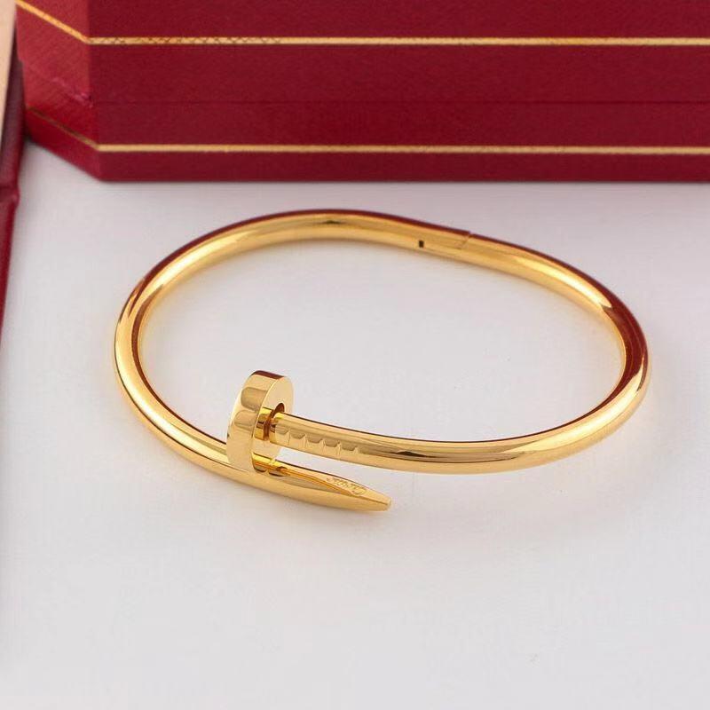 Bijoux Femme Bracelet Cha/îne de Main Charms Gourmette Coeur Acier Inoxydable Aimant Faux Diamant Couleur Argent Or avec Sac Cadeau