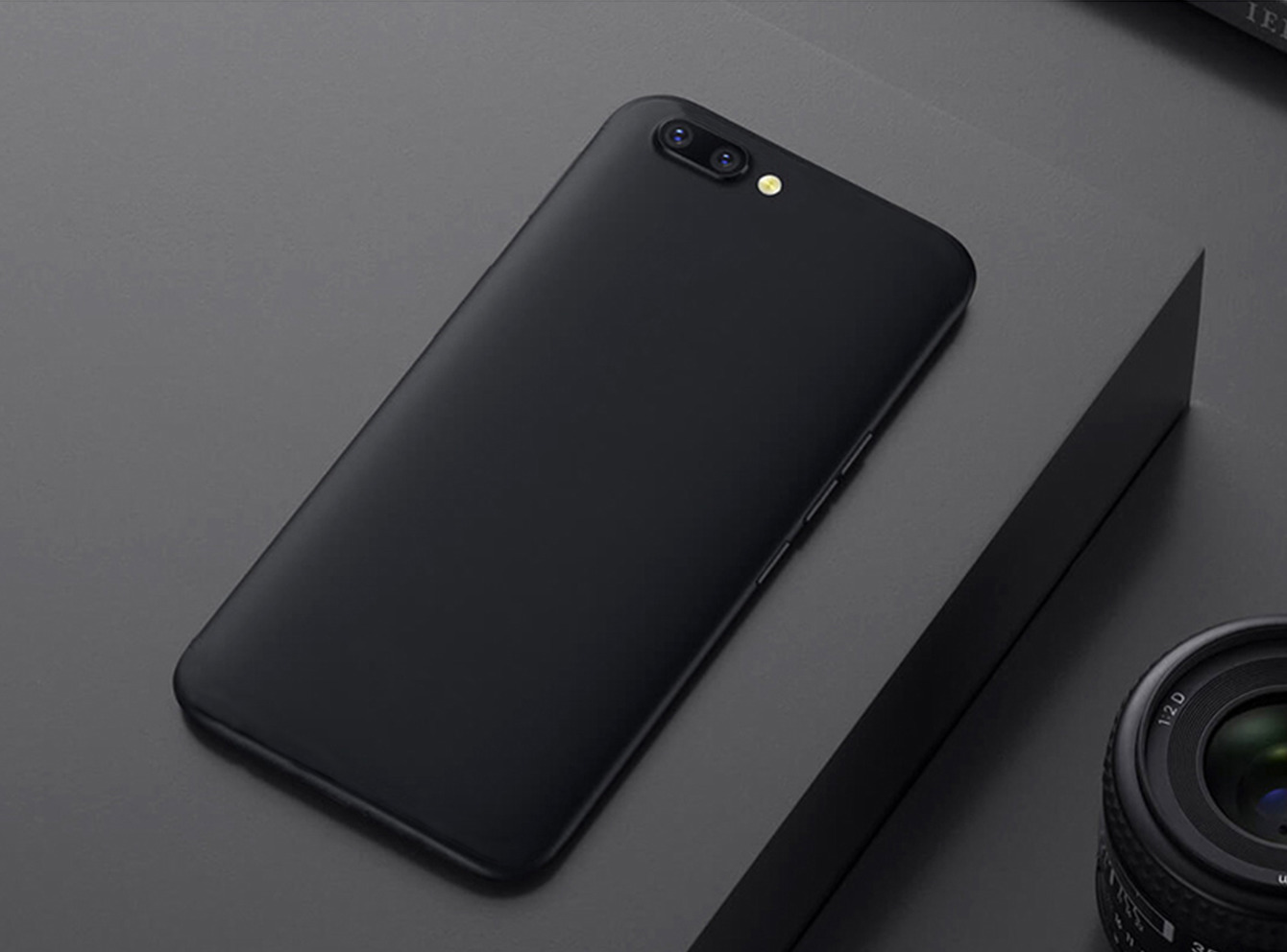 Brand New Fingerprint R1s Full Cnc 4g Mobile Phone Intelligence 5.5 Inch Face Quality Goods Unlocking Macro Family Student Will Screen