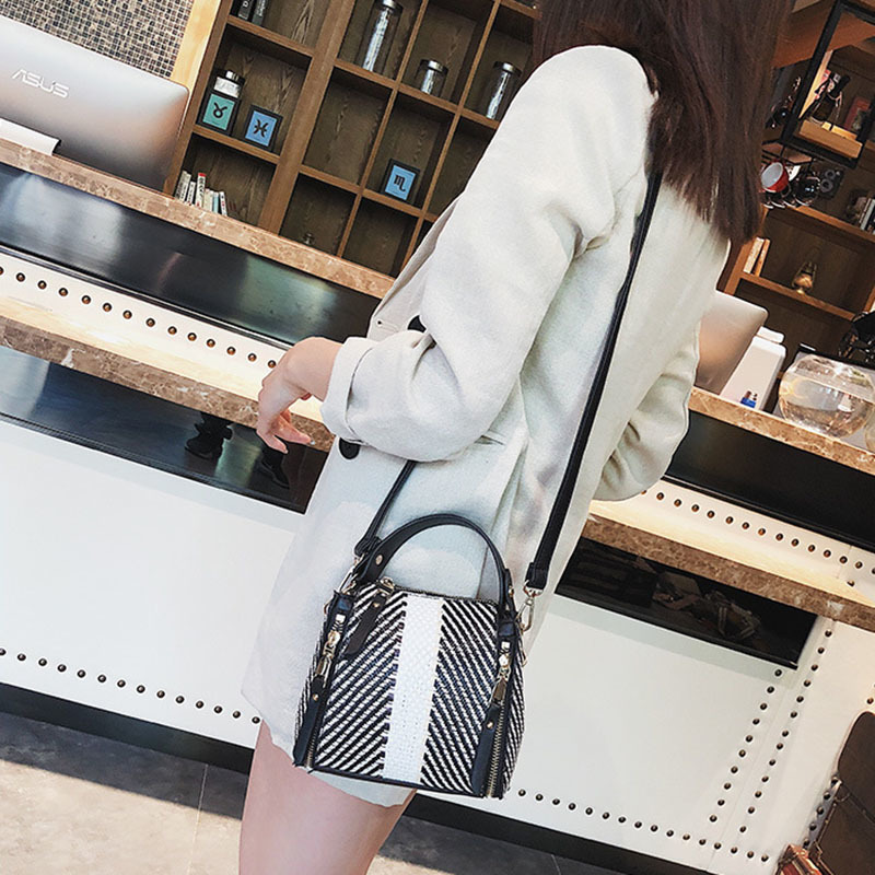 Hot Women Panelled Handbag INS Popular Female Casual Summer Straw Bags Lady Beach Shoulder Bag Fashion Travel Woven Tote SS7221 (8)