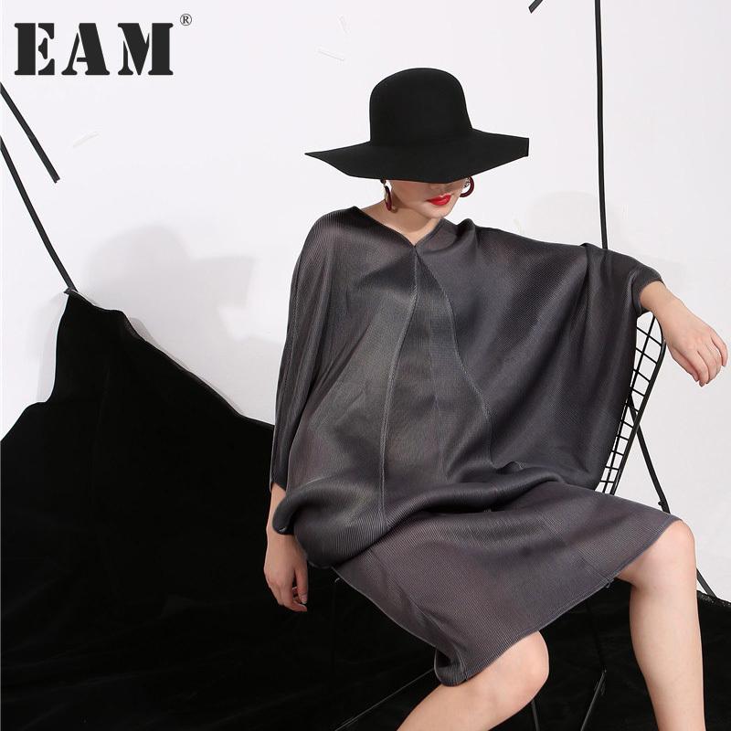 [eam] 2019 Spring Trendy New Crimp Bat Sleeve Design Big Size Loose Large Size Solid Color Dress Women Fashion Fu11191 Y190514