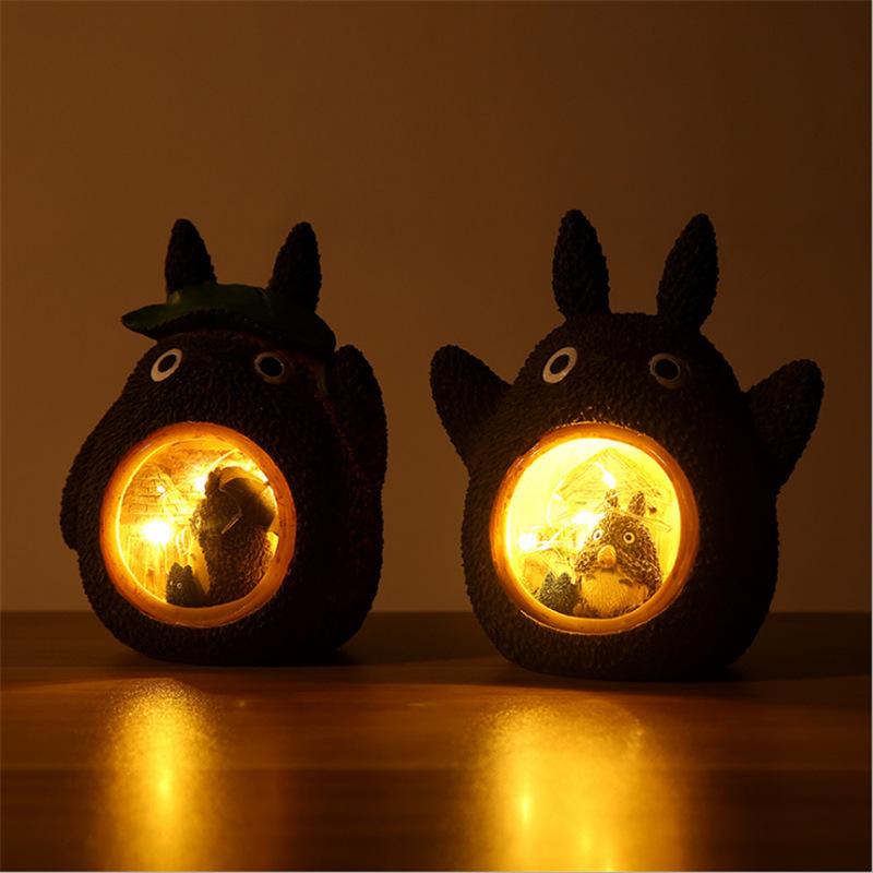 Ins Resine Cartoon Bébé Chambre Artisanat Lampes Totoro Arbre Trou Laisse Nuit Étoilée Décoration À La Maison Décoration De Noël Cadeau pour Enfants