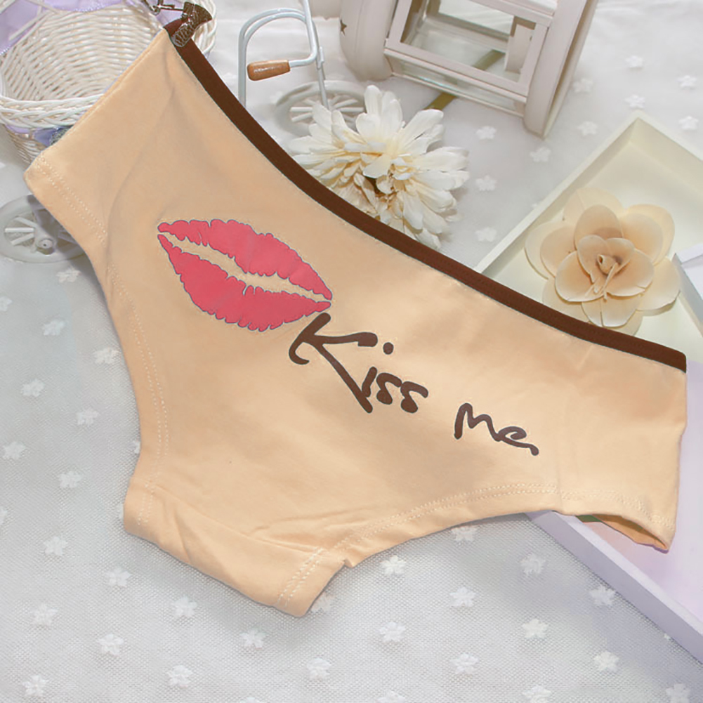 Moda de mujer Sexy Lip Kiss Me Print Algodón Bragas Calzoncillos Calzoncillos Ropa interior C19041601