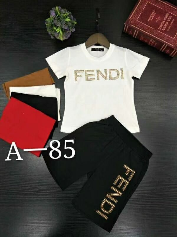 Fen 2019 new children's short-sleeved suit, children's upper body, handsome and cute, cotton fabric, gold thread embroidery letter F