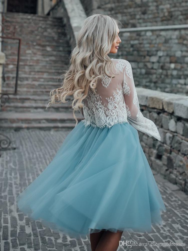 2018 Lace Top Long Sleeves Two Piece Tulle Skirt Homecoming Dresses White Lace Top with Tutu Skirt Knee Length Prom Dress Cheap Party Gowns