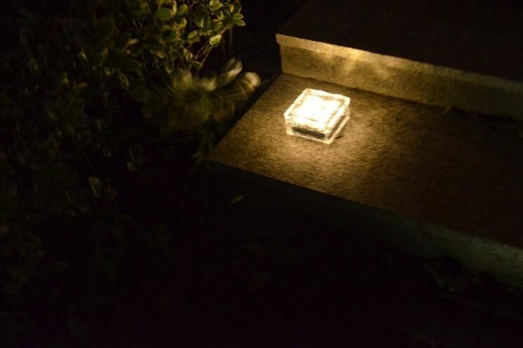 brick solar light-13