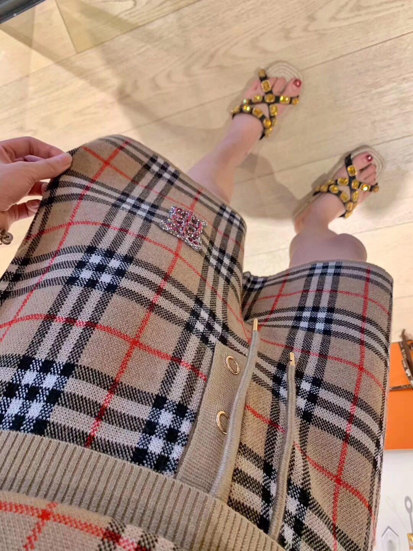 Summer dresses women Set short Sleeve Sweater Knit wide leg pants shorts Elegant Lady Two Piece Set brand women Clothing