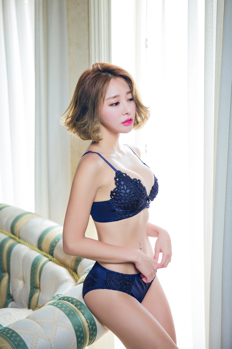 Jerrinut Sexy Lingerie Set Underwear Women Push Up Bra Set Seamless Embroidery Bra And Panty Brassiere Bra Brief Sets 12