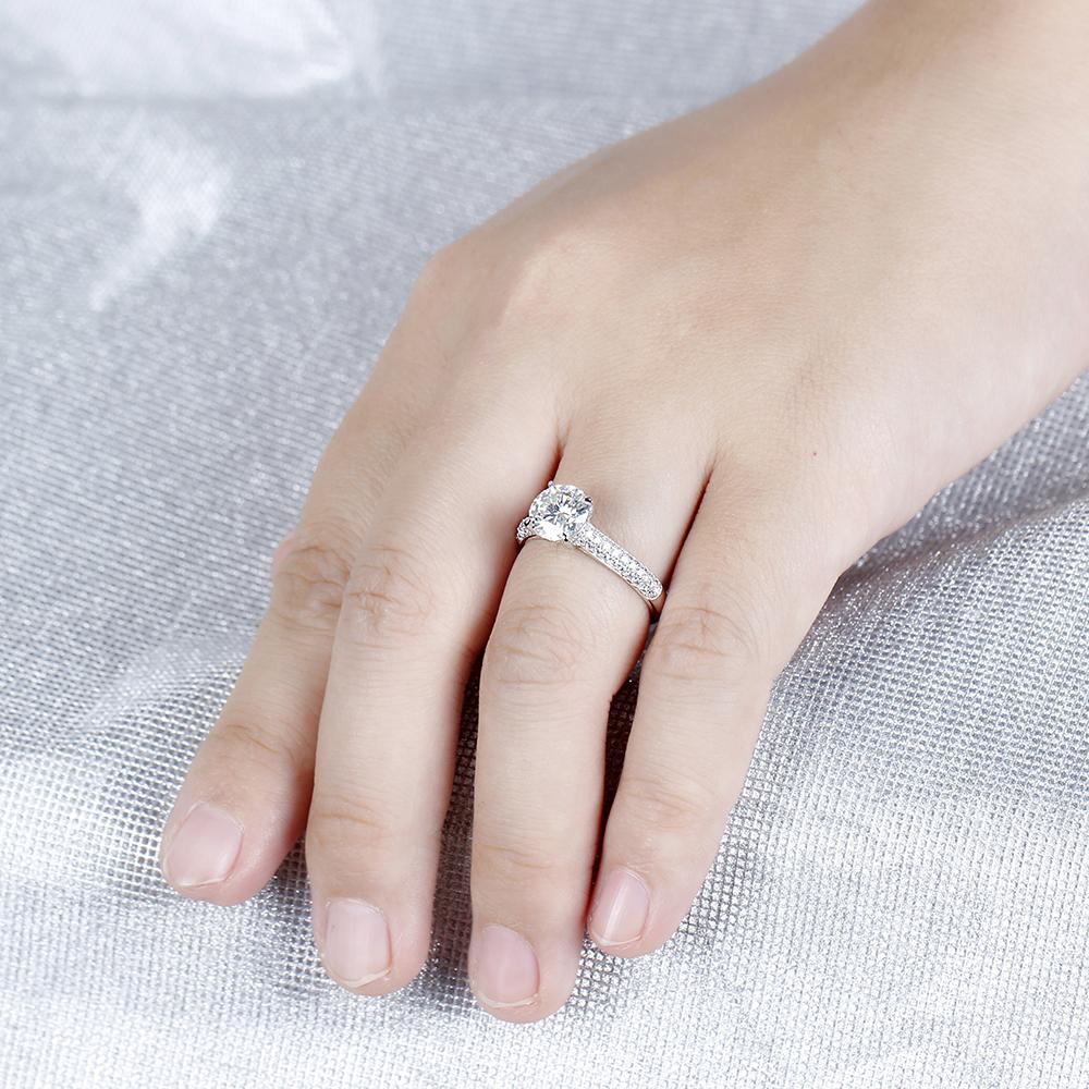 1.5CT moissanite engagement ring (7)