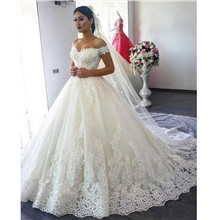 Luxury Arabic Lace Ball Gowns