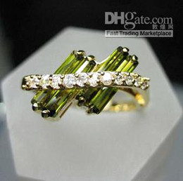 Wholesale Beautiful Emerald - Pretty Lady Girl Charming Beautiful Emerald White gemstone Fine 14KT Yellow Gold GP Ring