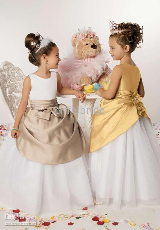 Wholesale Ivory Taffeta Junior Dresses - 2016 Hot Sell Cute Flower Girl Dresses Lovely Jewel Neck Special Two Colors White A Line Tulle Junior Bridesmaid Dress Floor Length