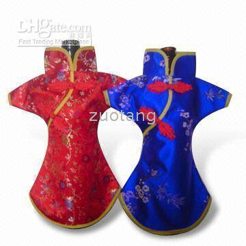 Wholesale Fabric Table Clothes - Elegant Chinese style Christmas Wine Bags Bottle Cover Table Dinner Decoration Silk Fabric Bottle Clothing 50pcs lot mix color