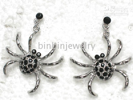 Venta al por mayor Crystal Rhinestone Halloween Spider Dangle Chandelier Pendientes A188