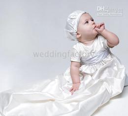 robes de baptême européenne bébé fille Promotion Belle Simple Blanc Ivoire Champagne Manches Courtes Taffetas Long Bébé Première Communion Fête D'anniversaire Vêtement Robes De Baptême Pas Cher