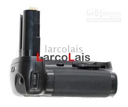 Battery Grip per Nikon D80 D90 MB-D80 MBD80 con telecomando IR Batteria ricaricabile verticale da caricabatteria universale a ioni di litio fornitori