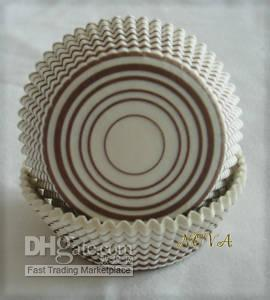 kağıt kapları cupcakes toptan satış-Güzel sevimli 4.5 inç 50x33 cm marka 500 kahverengi circles cupcake cupcakes gömlekleri pişirme kağıt bardak parti