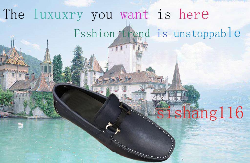 6fc51e01110 Diverses chaussures de mode pour hommes et femmes