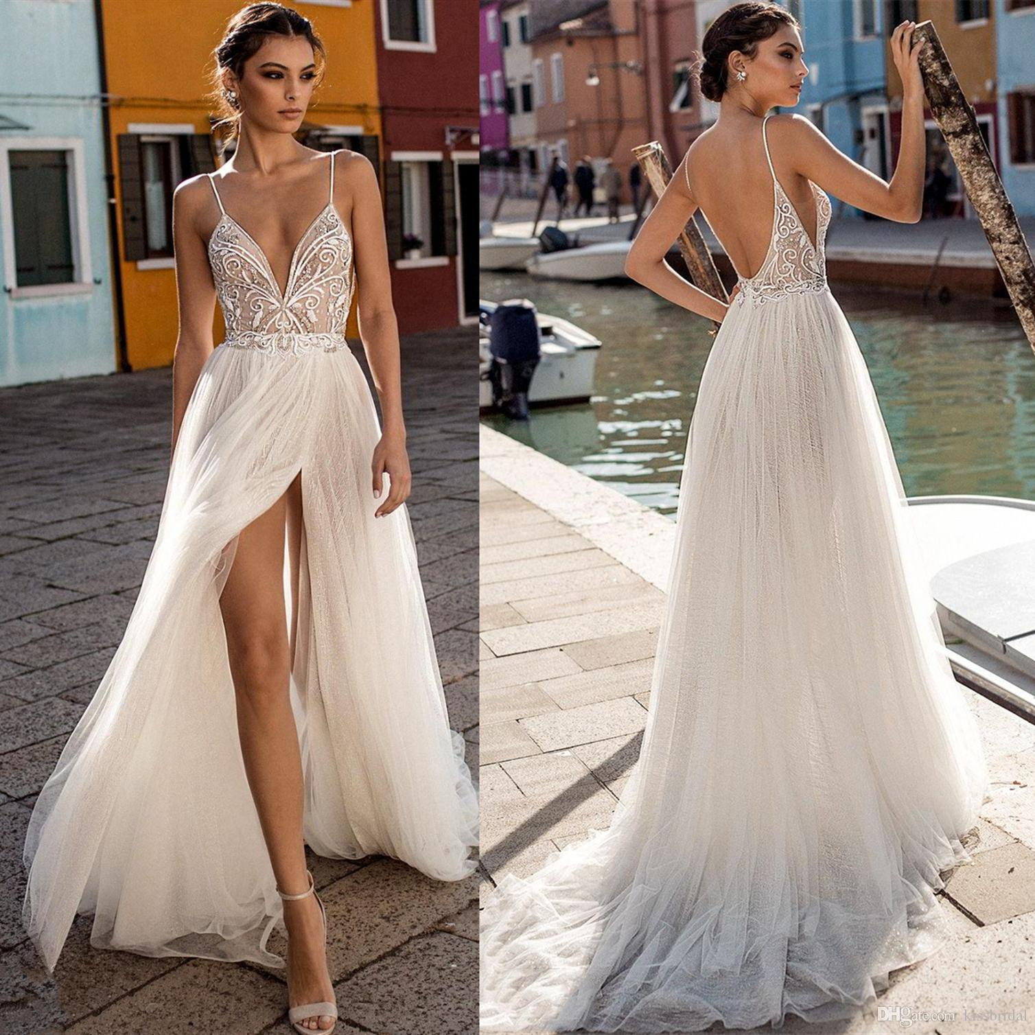 Sexy Backless Wedding Dresses with Spaghetti Straps 2020 New Fashion A Line V Neck Split Tulle Wedding Dress Appliques Bridal Gowns