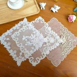 """NEUF cadeau. 30 cm 12/"""" fleur Violet brodé napperon//Tablemat"""